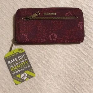 Traveling RFID Security Wallet